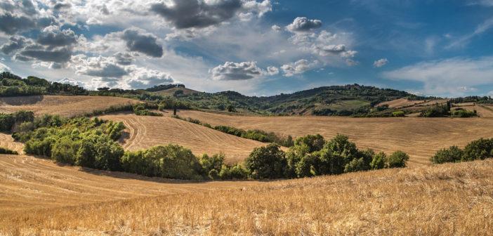 Le gemme per un americano che vuole vivere in Italia, in Toscana, Umbria, Puglia. Text also in English