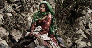 Essere Terra. Il racconto avventura di un viaggio verso l'Afghanistan nel libro di Lorenzo Merlo