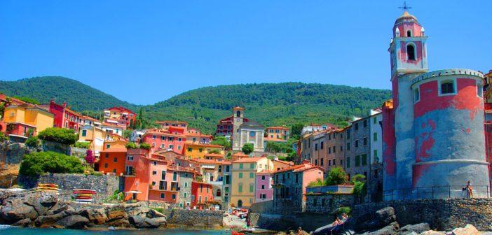 La leggenda del polpo di Tellaro in Liguria, uno dei sette borghi più belli d'Europa