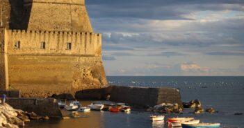 Visita ad una città unica, Napoli: tra rinascita, bellezza e riscatto
